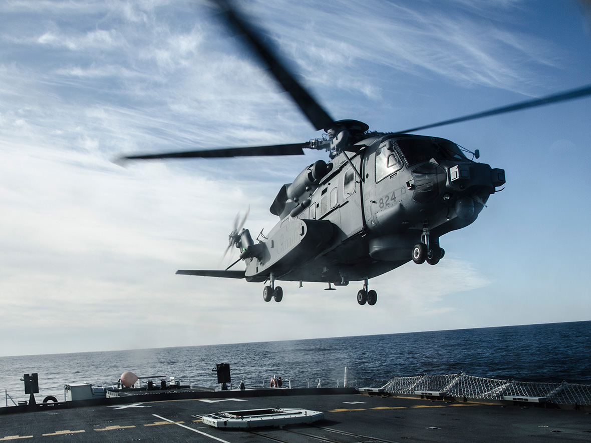 A CH-148 Cyclone helicopter practices landing procedures on Her Majesty's Canadian Ship Halifax off the coast of Nova Scotia on January 27, 2016. PHOTO: Ordinary Seaman Raymond Kwan