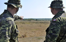 Yavoriv, Ukraine. 1 September 2015 - Canadian soldiers deployed on Operation UNIFIER visit Ukrainian soldiers in the training area of the International Peacekeeping and Security Centre (ISPC). (Photo by Op UNIFIER – DND, Joint Task Force Ukraine)
